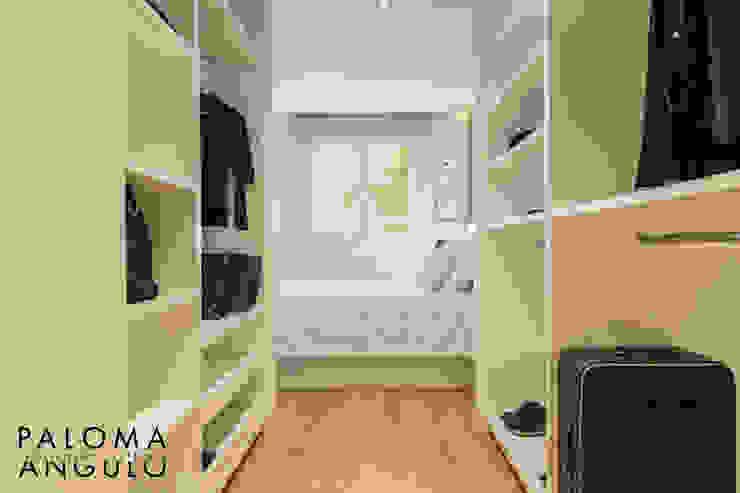 Ruang Ganti Modern Oleh Interiorismo Paloma Angulo Modern