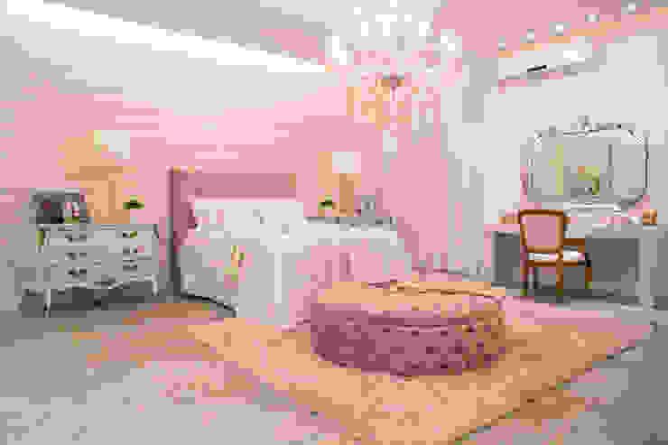 Livia Martins Arquitetura e Interiores Classic style bedroom