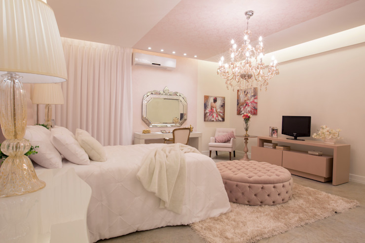 Klassische Schlafzimmer von Livia Martins Arquitetura e Interiores Klassisch