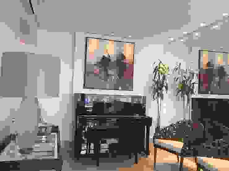 Klasik Oturma Odası Livia Martins Arquitetura e Interiores Klasik