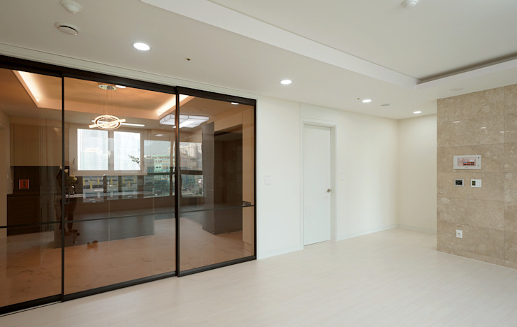 주방을 포인트로 만든 청라린스트라우스 에클레틱 거실 by 디자인 아버 에클레틱 (Eclectic)