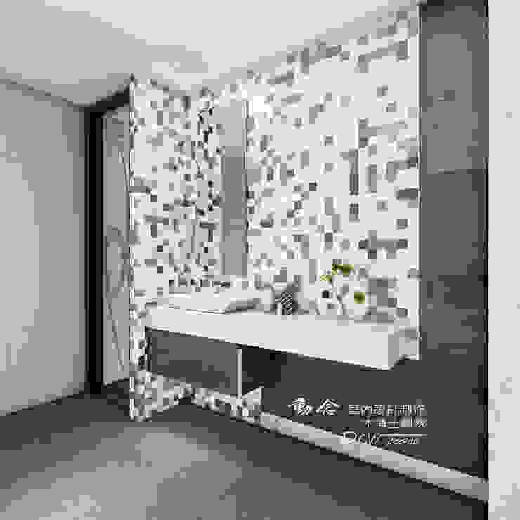 衛浴/人文休閒 現代浴室設計點子、靈感&圖片 根據 木博士團隊/動念室內設計制作 現代風 磁磚