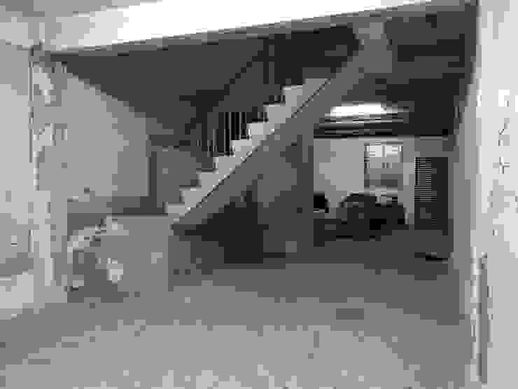 Urban Café: 極簡主義  by 築一國際室內裝修有限公司, 簡約風