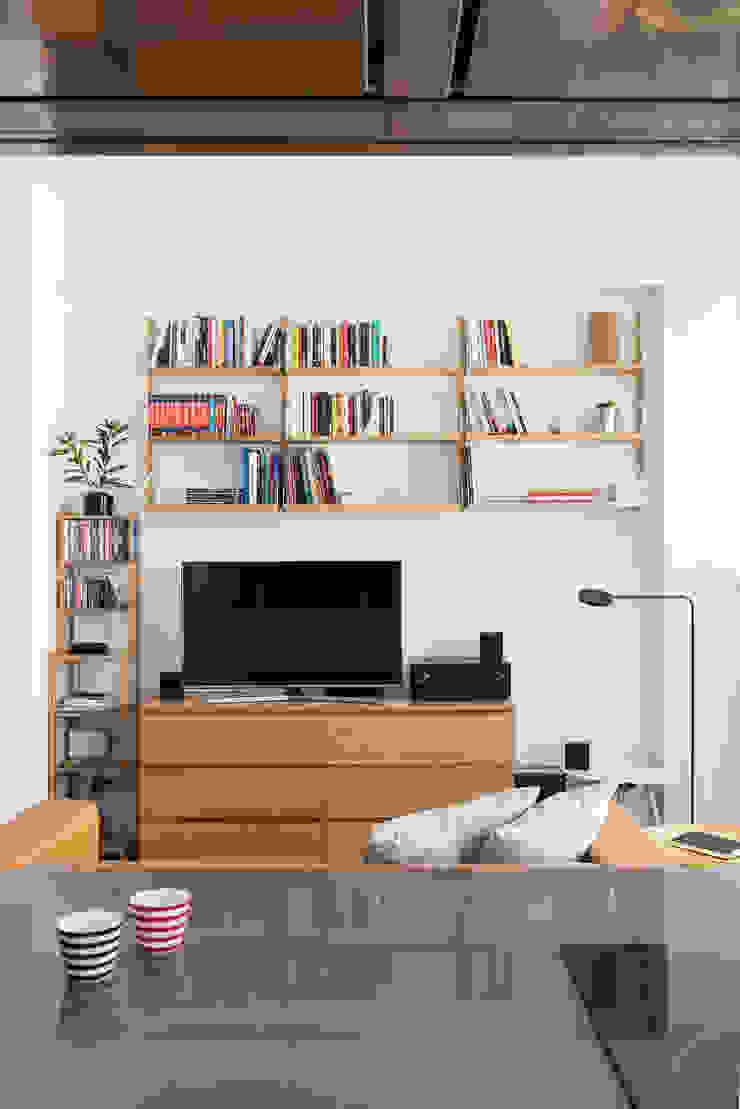 Salotto Soggiorno moderno di Grippo + Murzi Architetti Moderno
