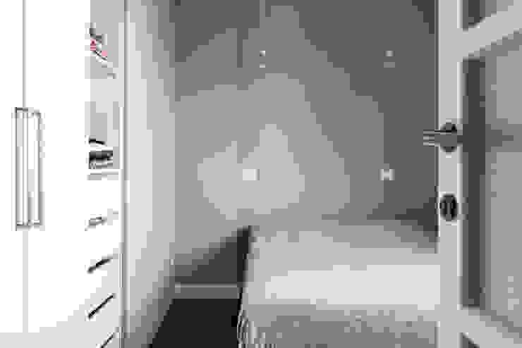 Schlafzimmer von Grippo + Murzi Architetti, Modern