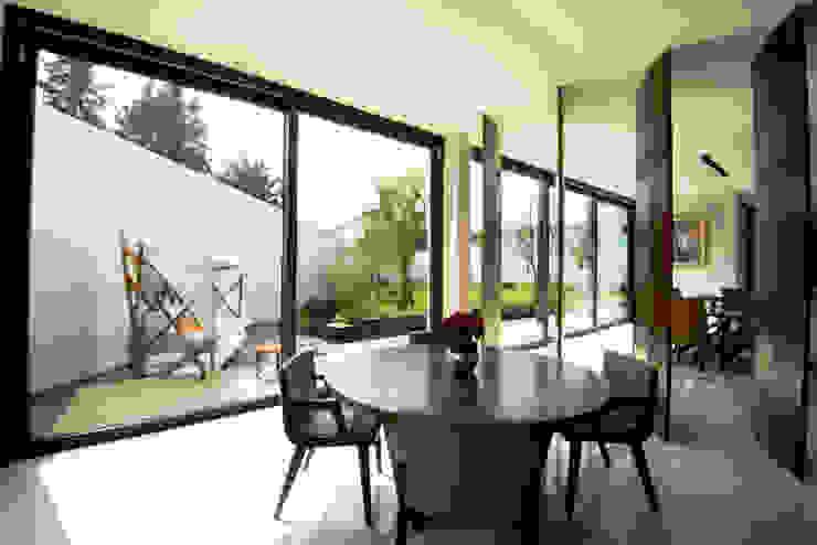 Windlock - soluciones sustentables Sliding doors Glass Grey