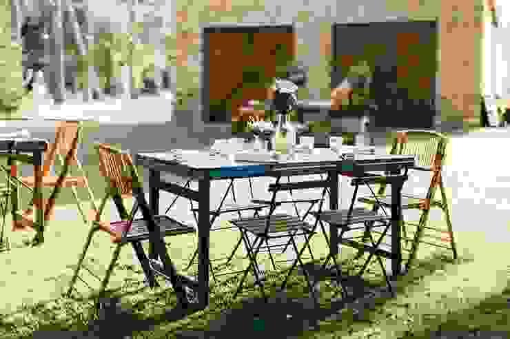 Con todo lujo de detalles. Muebles Marieta JardínMobiliario Derivados de madera Multicolor