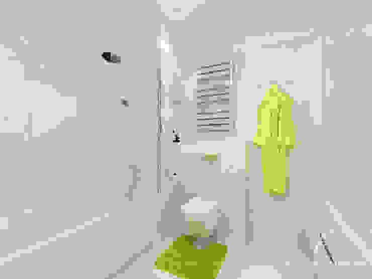 Phòng tắm phong cách kinh điển bởi Design studio TZinterior group Kinh điển