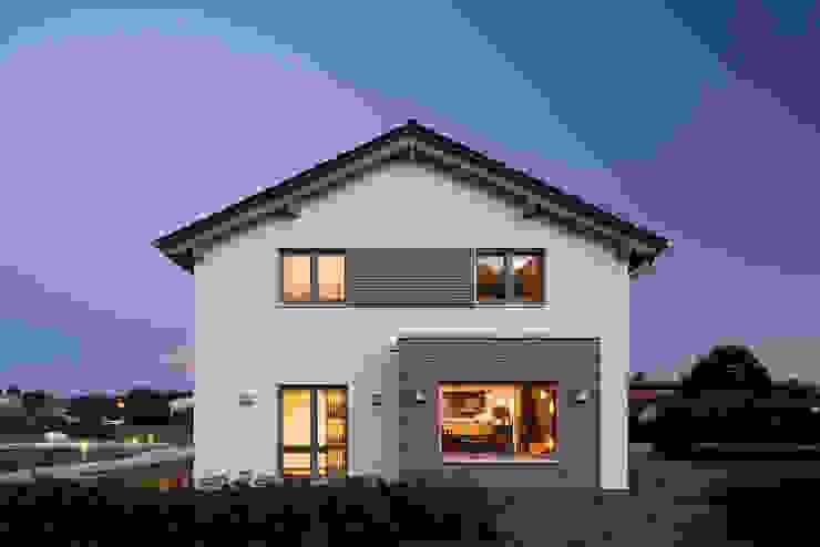 Modern Houses by FingerHaus GmbH - Bauunternehmen in Frankenberg (Eder) Modern