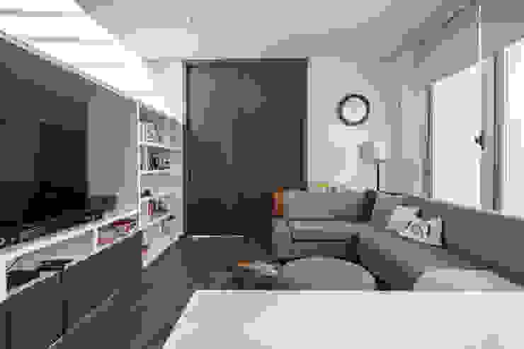 Minimalistische Wohnzimmer von TaAG Arquitectura Minimalistisch Beton