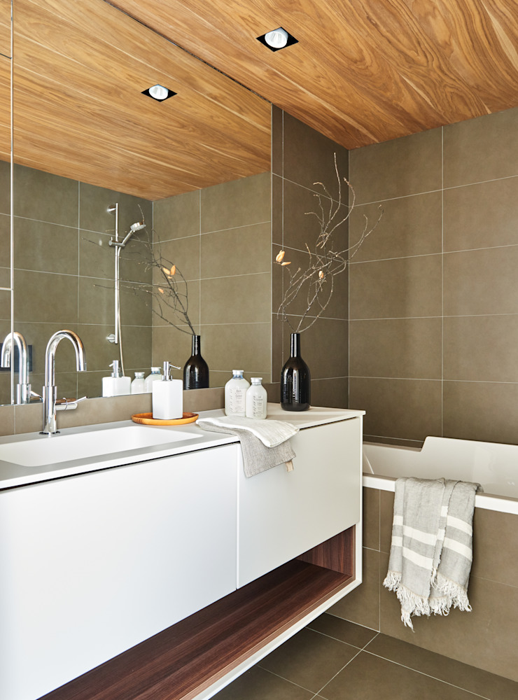 YLAB Arquitectos Scandinavian style bathroom