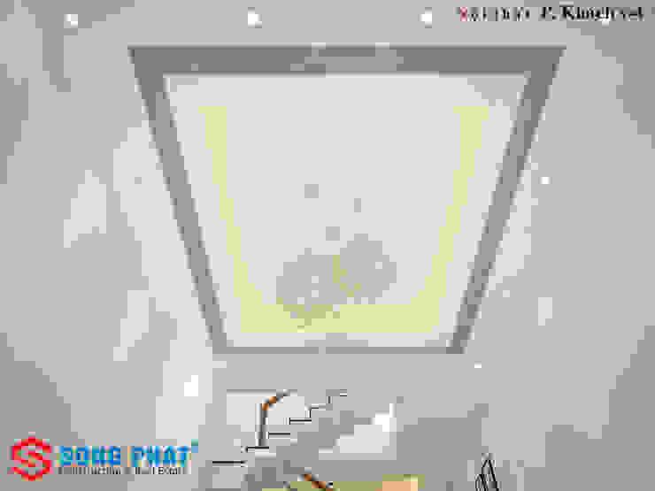 Hệ thống đèn điện được thiết kế ấn tượng bởi Công ty TNHH TK XD Song Phát Hiện đại Đá hoa