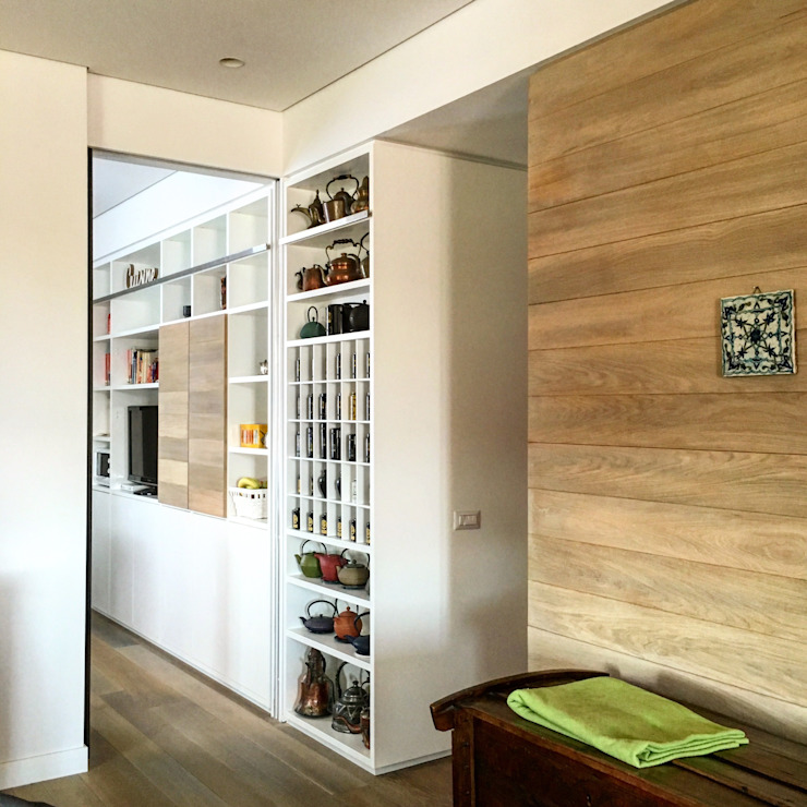 Modern corridor, hallway & stairs by DUOLAB Progettazione e sviluppo Modern Wood Wood effect