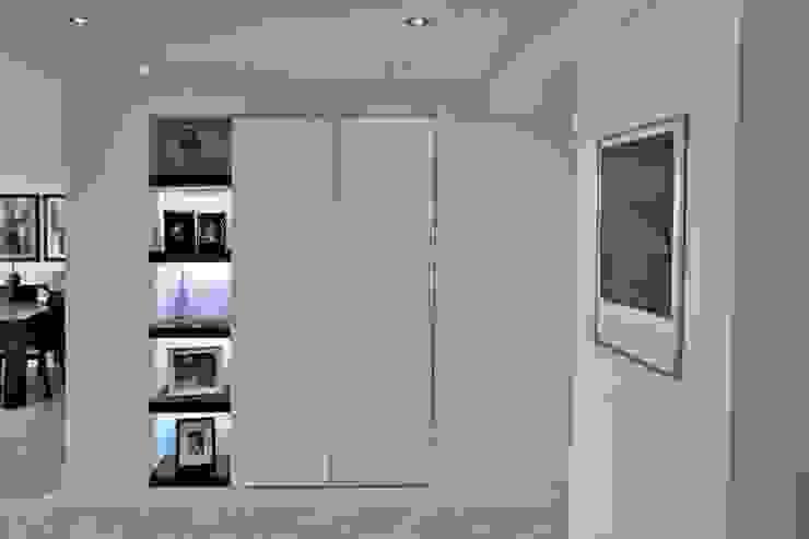 Apartamento en Chulavista Salas de estilo minimalista de RRA Arquitectura Minimalista Mármol