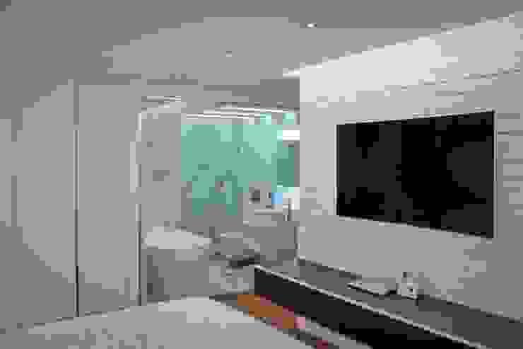 Apartamento en Chulavista Cuartos de estilo minimalista de RRA Arquitectura Minimalista Ladrillos