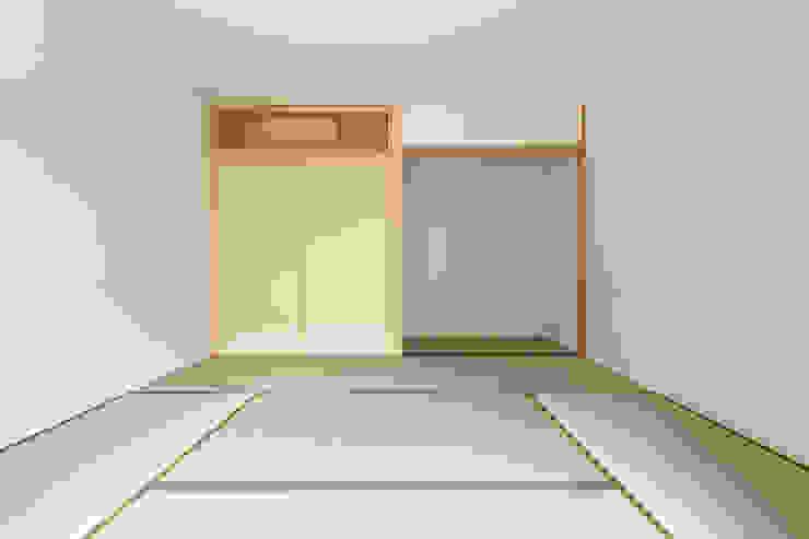 五藤久佳デザインオフィス有限会社 Modern media room