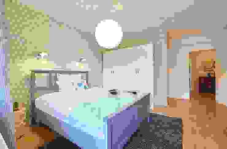 Möbliertes Appartement - Schlafbereich Moderne Schlafzimmer von Tschangizian Home Staging & Redesign Modern