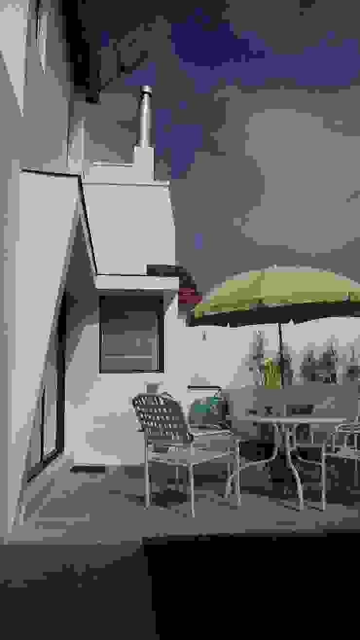 Casas modernas: Ideas, imágenes y decoración de Territorio Arquitectura y Construccion - La Serena Moderno