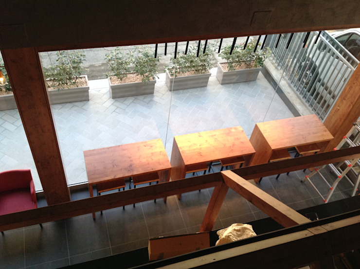 ASCARI I FALEGNAMI Oficinas y tiendas de estilo asiático