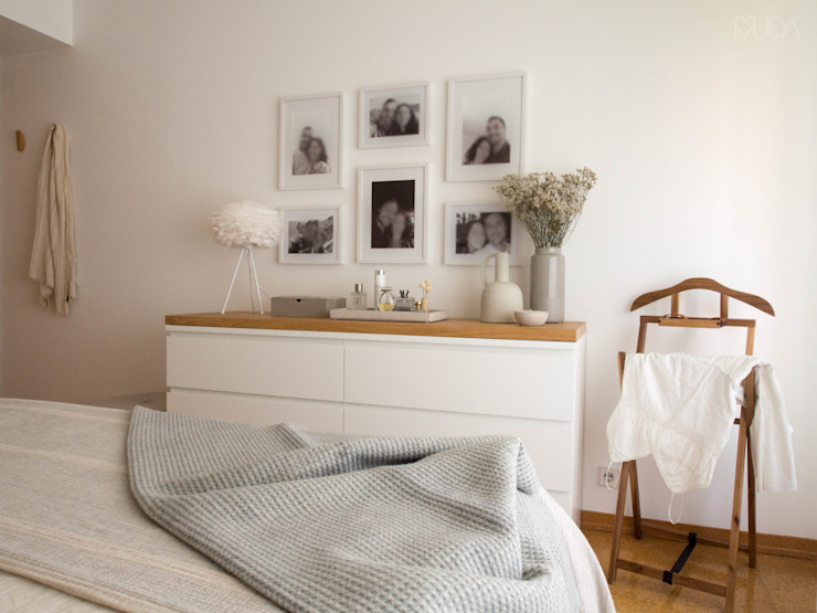 Camera da letto in stile scandinavo di MUDA Home Design Scandinavo