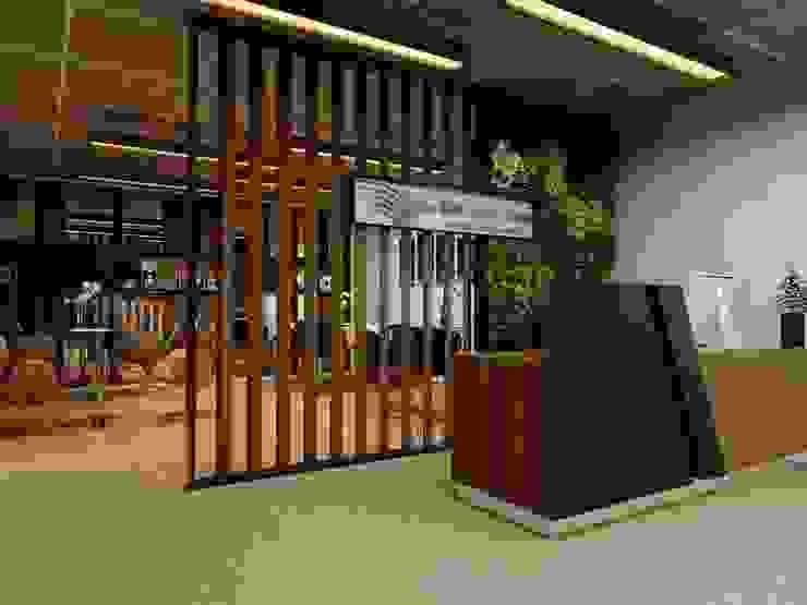 design interior office room GMF Aeroasia at Bandara Soekarno Hatta Oleh Aray Interindo