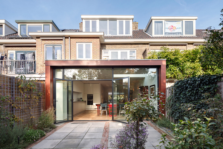 Van top tot teen Moderne huizen van Richèl Lubbers Architecten Modern