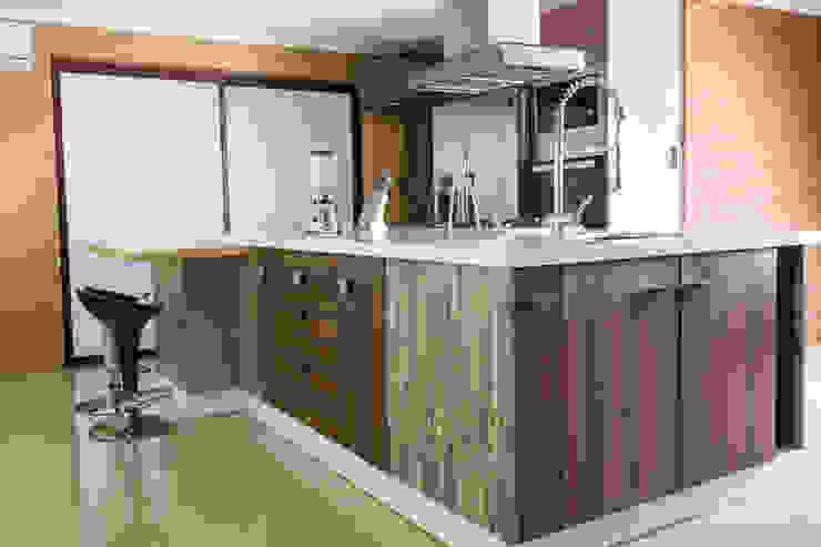 Cocina Colina de Innova Design Moderno Cuarzo