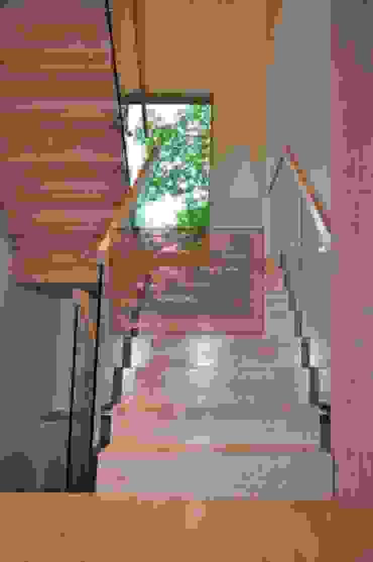 RST AHŞAP Corridor, hallway & stairsStairs