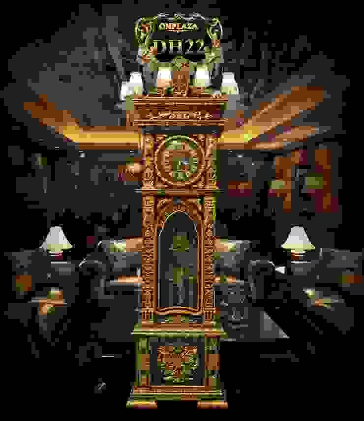Đồng hồ cây nhập khẩu Đức kiểu cổ DH22 vỏ gỗ gụ mạ vàng: hiện đại  by Cửa hàng bán đồng hồ cây gỗ cao cấp ở Hà Nội, Hiện đại