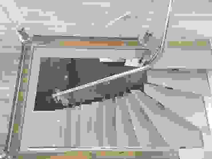Visal Merdiven 玄關、走廊與階梯階梯