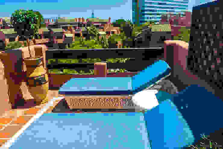 Diseño Interiores Alicate playa Balcones y terrazas de estilo moderno de DC PROJECTS Diseño de interior Málaga Moderno