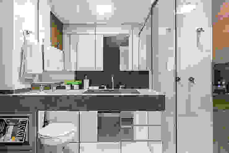 Banheiro - Suíte Master Banheiros modernos por Espaço do Traço arquitetura Moderno