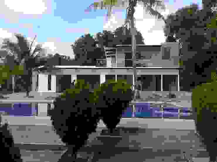Casa Prefabricada con Piscina privada de Salto Inmobiliario Moderno