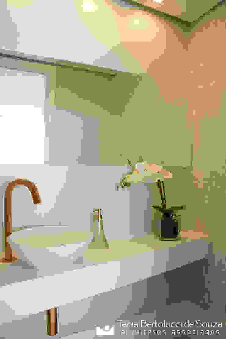 Tania Bertolucci de Souza | Arquitetos Associados Ванна кімната