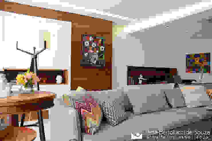 Tania Bertolucci de Souza | Arquitetos Associados Вітальня