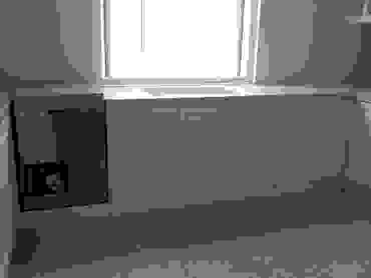 kitchen:modern  oleh luxe interior , Modern Kayu Lapis