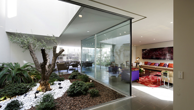 Modern conservatory by AGi architects arquitectos y diseñadores en Madrid Modern Glass