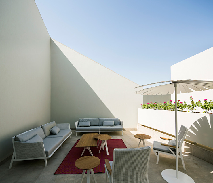 Modern terrace by AGi architects arquitectos y diseñadores en Madrid Modern Concrete