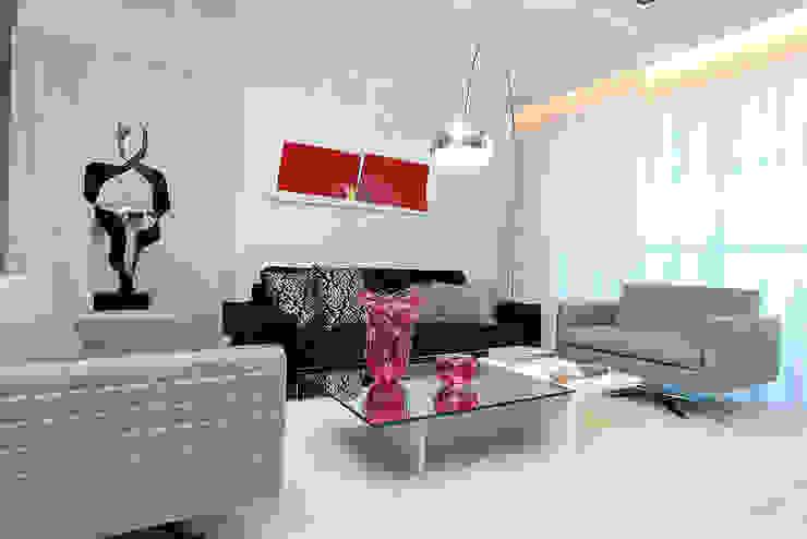 Moderne Wohnzimmer von RI Arquitetura Modern