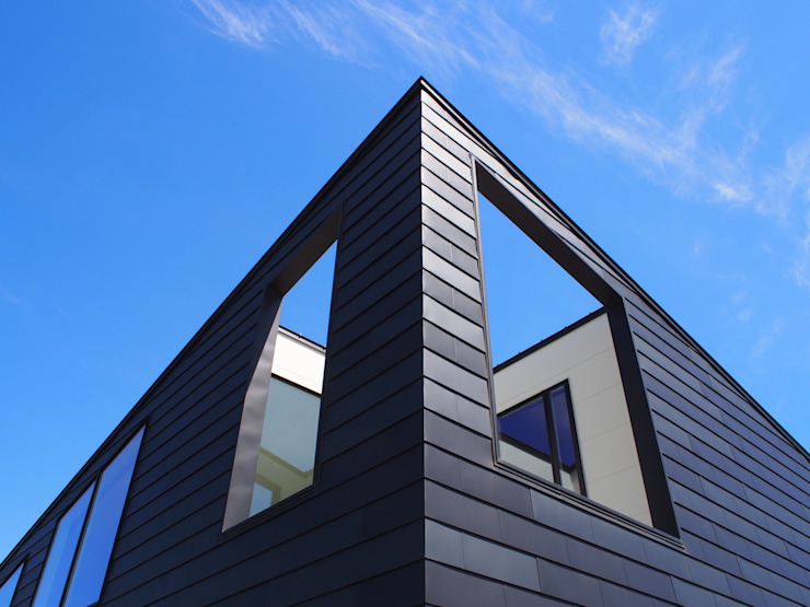 RAI一級建築士事務所 Wooden houses Metal Black