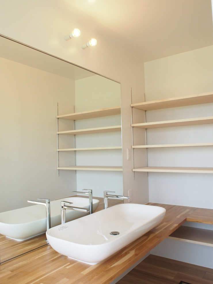 RAI一級建築士事務所 BathroomShelves Wood White