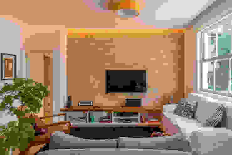 Raquel Junqueira Arquitetura Salon moderne Briques