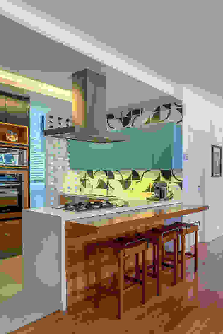 Raquel Junqueira Arquitetura Cuisine moderne Bois Turquoise