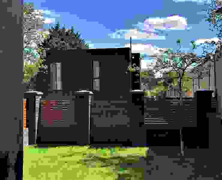 Darcies Mews Modern houses by The Crawford Partnership Modern