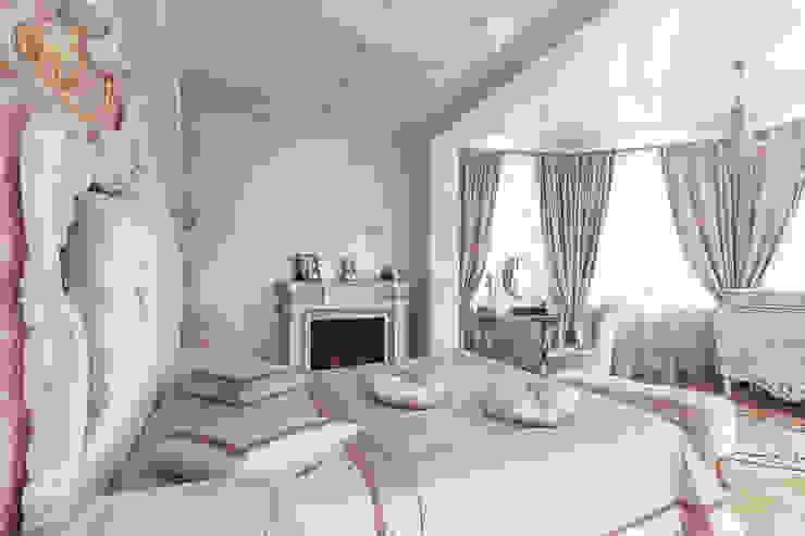 Спальня с камином от Андреевы.РФ