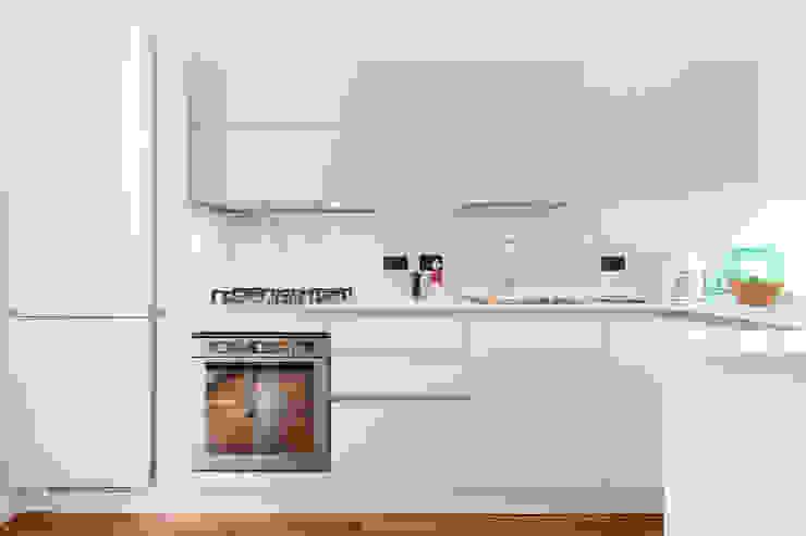 Modern style kitchen by B+P architetti Modern