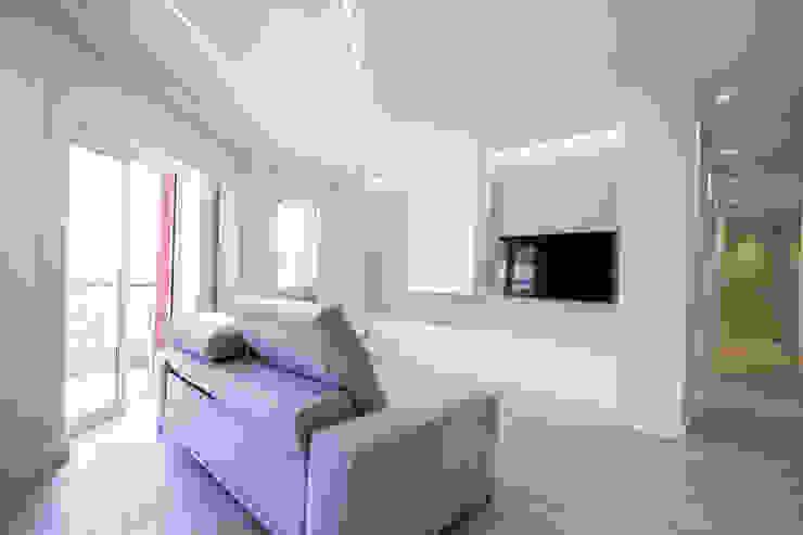 Bocetto Interiorismo y Construcción Salas de estilo moderno