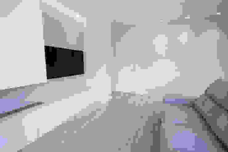 Reforma de piso en Oviedo Salones de estilo moderno de Bocetto Interiorismo y Construcción Moderno