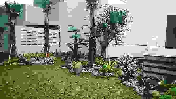 de Alam Asri Landscape Minimalista Madera Acabado en madera