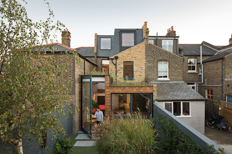 The Etch House Modern Garden by Fraher and Findlay Modern